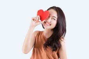 胸闷气喘是心脏早衰的信号这套保心计划可保藏